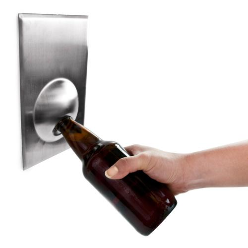 Bottle Cap Opener Wall-mounted Metal Magnetic Magnifico