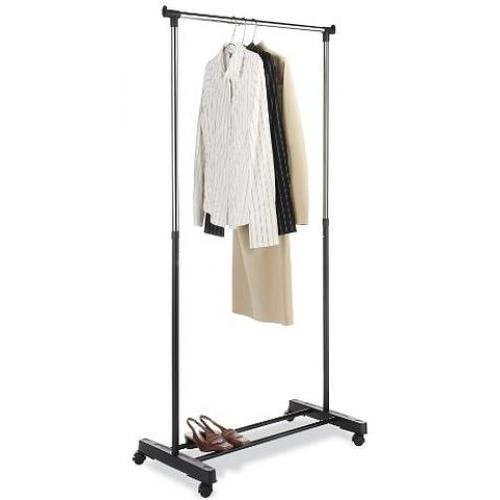 Garment Rack Expands To 60.5 Inches