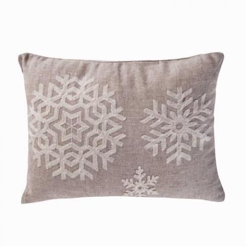 Spruce Snowflake 14x18