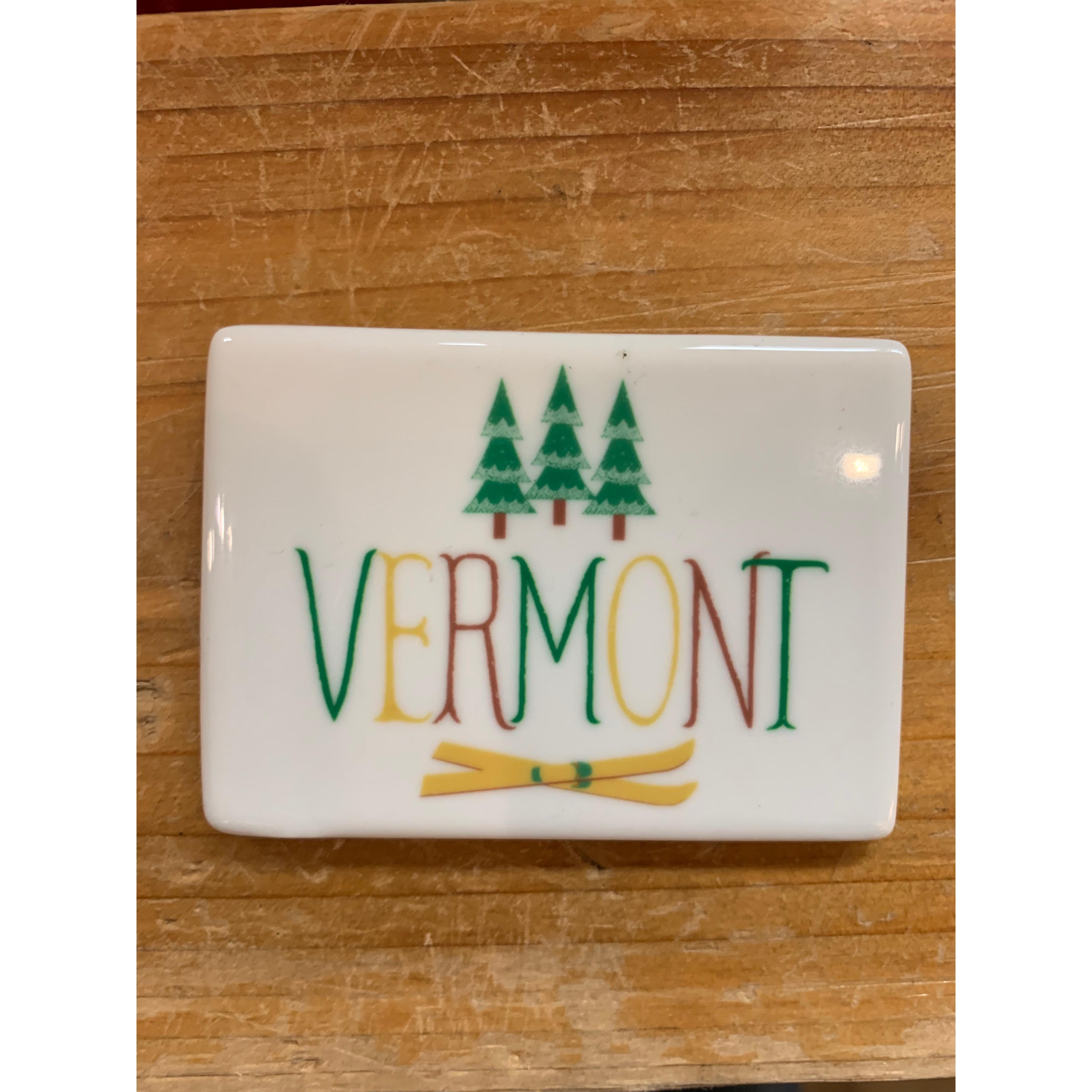 Magnet - My Town - Vermont With Snow Trees And Skis