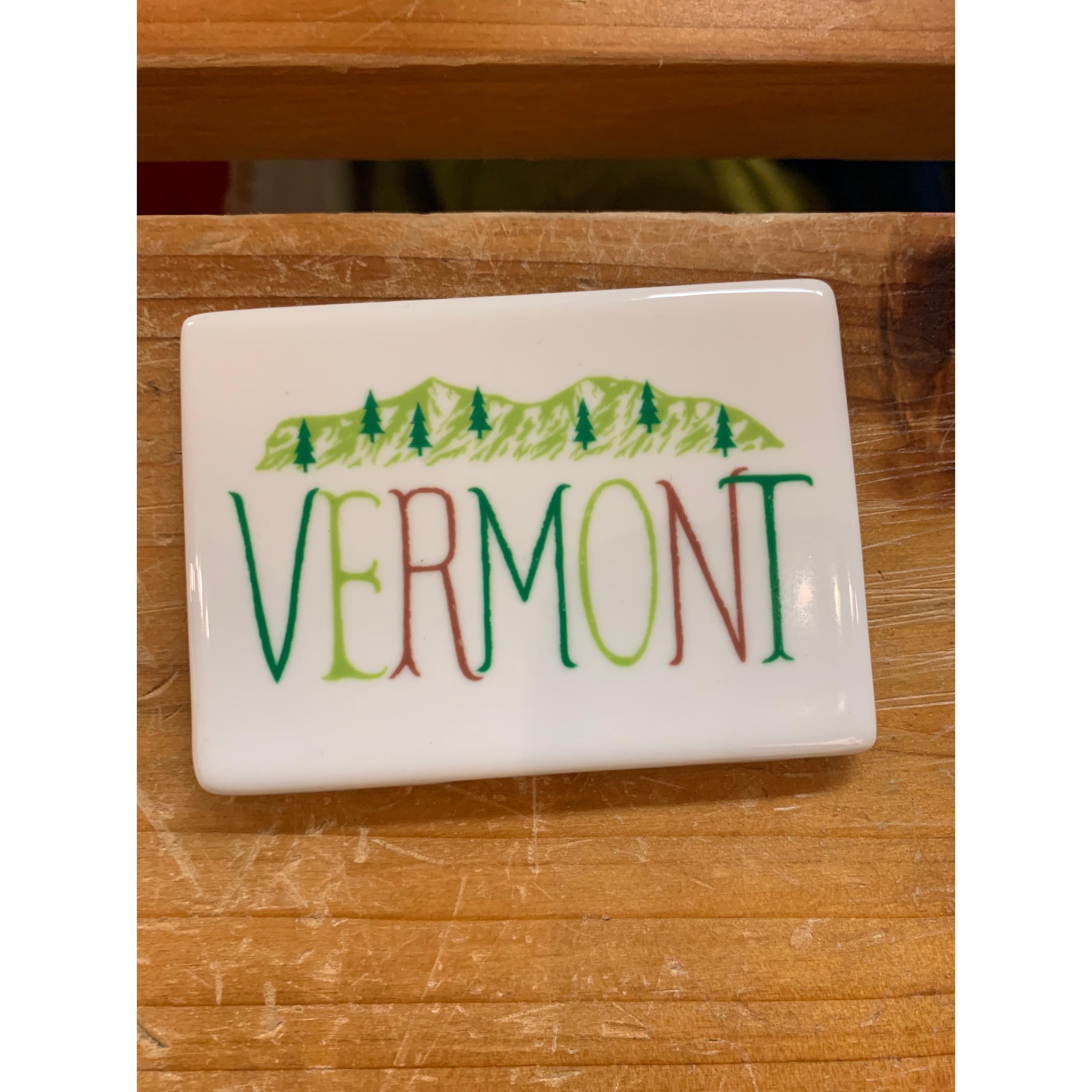 Magnet - My Town - Vermont With Green Mountains