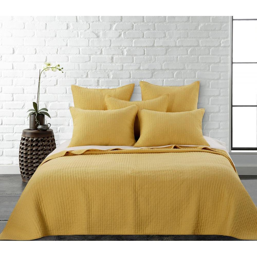 Cross Stitch Yellow Quilt Set Twin 68in x 92in