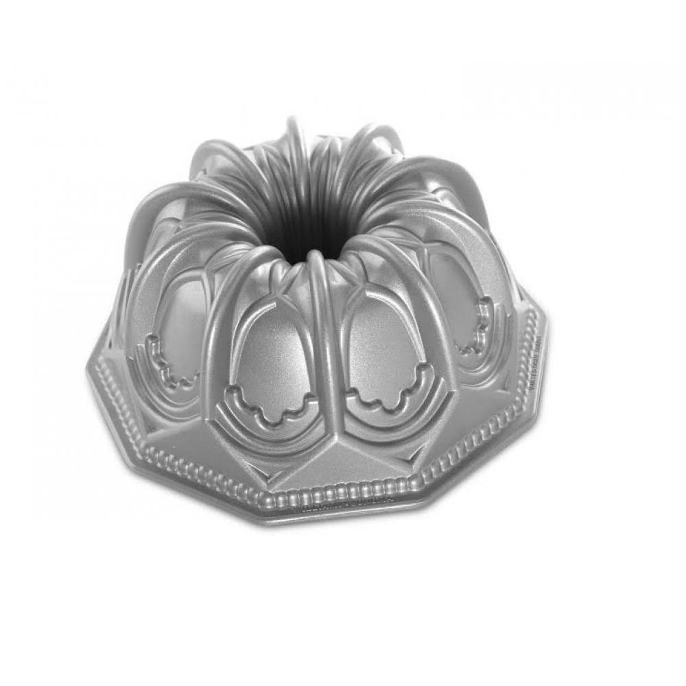 Bundt Pan Vaulted Cathedral - Seasonal Item