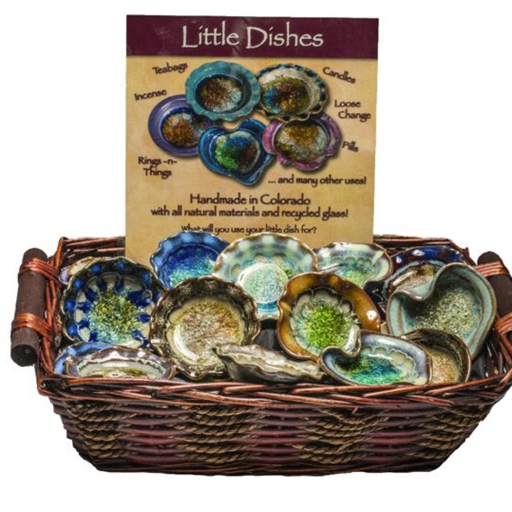 Basket w/Little Dishes and Sign 48pk